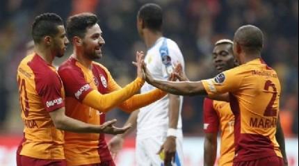 Galatasaray iç saha performansıyla zirveye tutunuyor
