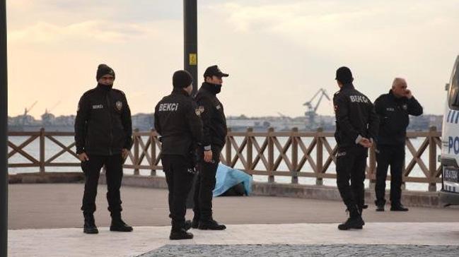 Yürüyüş için çıkmışlardı görünce polisi aradılar!