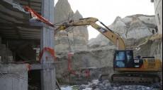 Son dakika - Göreme'de peribacaları bölgesindeki inşaat yıkıldı