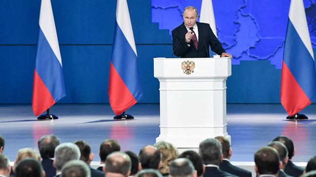 Putin 5G faaliyete geçirilmesi talimatını verdi