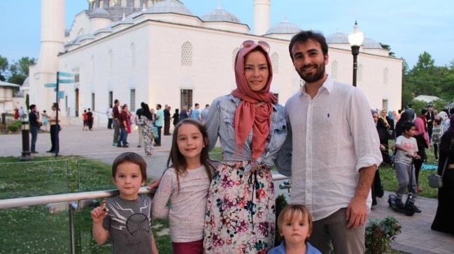 Ýslamiyet'i seçerek huzur bulan iki Amerikalý müslümanýn hikayesi
